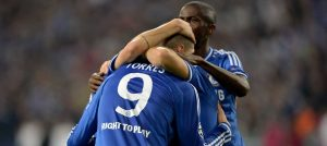 Torres celebrates against  Schalke 04